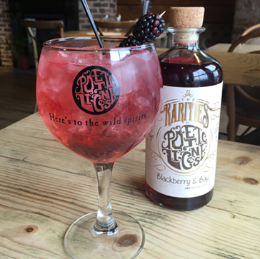 Blackberry_And_Bay_Gin_Serve
